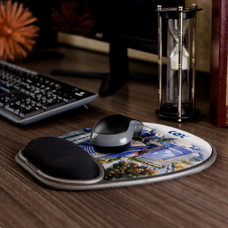 Eco-Rest™ Soft Surface 4-color Mouse Pad w/Wrist Rest